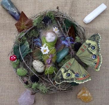 Bramble the baby faerie cocoon in her nest www.etsy.com/uk/shop/heartofnaturestudio